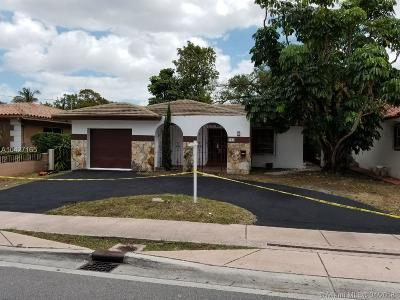 Coral Gables Single Family Home Active Under Contract: 903 Red Road