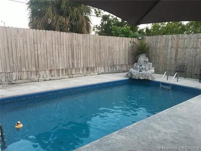 Miami Gardens Single Family Home For Sale: 19131 NW 1st Ave
