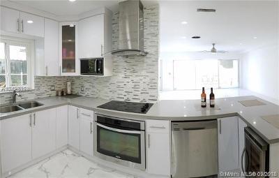 Miami Beach Single Family Home For Sale: 7322 Gary Ave