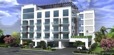 Hollywood Condo For Sale: 1005 E Dania Beach Boulevard #PH-20