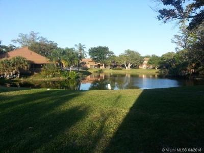 West Palm Beach Condo For Sale: 1832 My Place Ln #1832