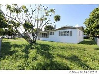Miami Gardens Single Family Home For Sale: 2355 NW 207 St
