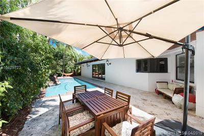 Key Biscayne Single Family Home For Sale: 330 Glenridge Rd