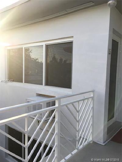 Miami Beach Condo For Sale: 7440 Byron Ave #15B