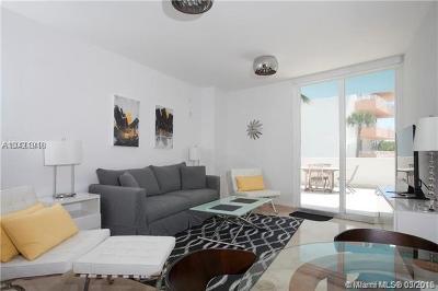 Miami Beach Condo For Sale: 225 Collins Ave #3J