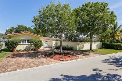 Miami Beach Single Family Home For Sale: 1005 Shore Ln
