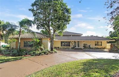 Coral Springs Single Family Home For Sale: 10260 Vestal Mnr