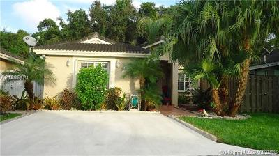 Single Family Home For Sale: 13843 SW 150th Ct
