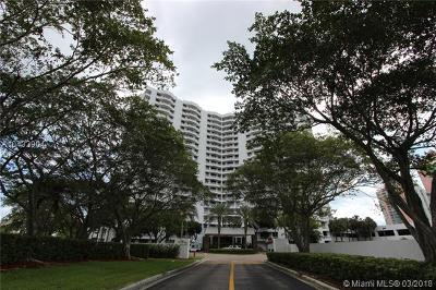 Aventura Condo For Sale: 3300 NE 192nd St #512