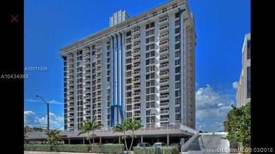 Hollywood Condo For Sale: 1600 S Ocean Dr #7I