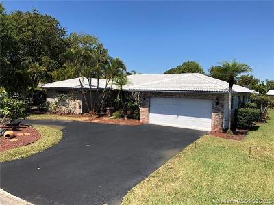 Coral Springs Single Family Home For Sale: 8899 NW 2nd St