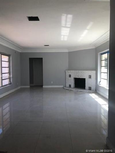 Miami Shores Single Family Home For Sale: 833 NE 96th St