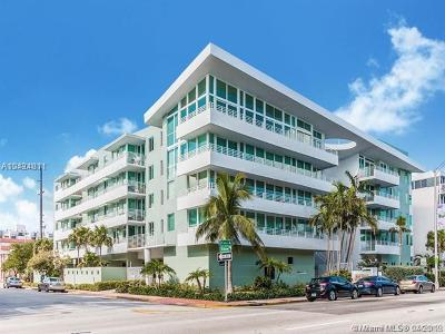 Miami Beach Condo For Sale: 7800 Collins Av #305