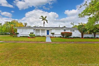 Coral Gables Single Family Home For Sale: 500 Miller Rd