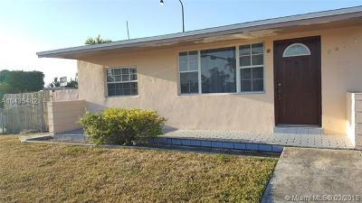 Miami FL Single Family Home For Sale: $360,000