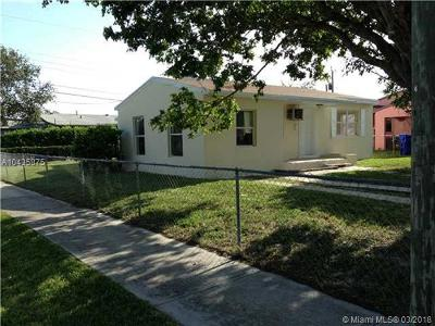 Hollywood Single Family Home For Sale: 2557 Fletcher St