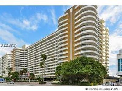 Miami Beach Condo For Sale: 5555 Collins Ave #12A