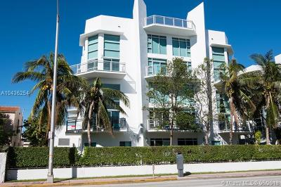 Miami Beach Condo For Sale: 7728 Collins Ave #15