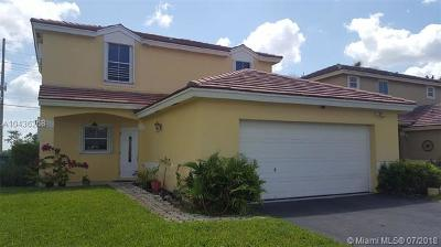 Pembroke Pines Single Family Home For Sale: 1831 NW 184th Ter