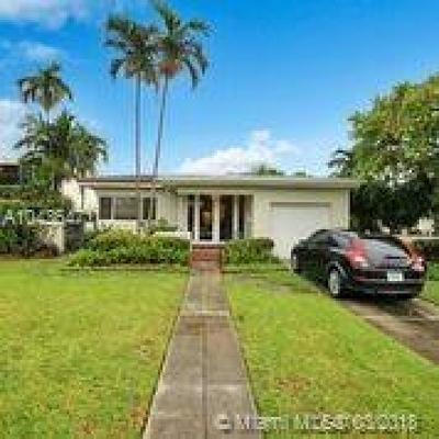 Surfside Single Family Home For Sale: 408 Surfside Bl