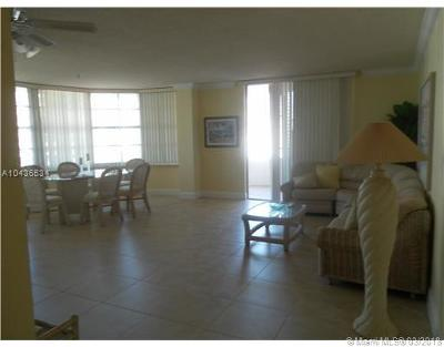 Miami Beach Condo For Sale: 5555 Collins Ave #11S