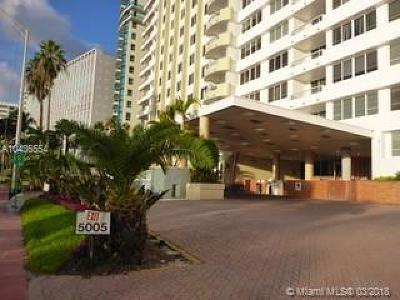 Miami Beach Condo For Sale: 5005 Collins Ave #1109