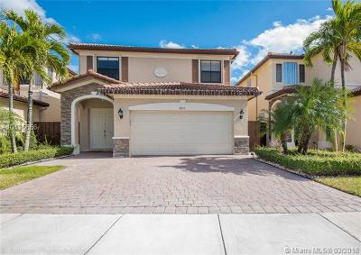 Doral Single Family Home For Sale: 8815 NW 115th Ct