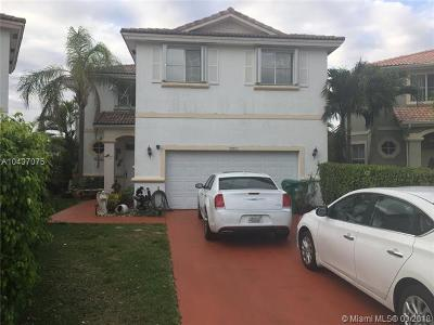 Miami Single Family Home For Sale: 15681 SW 112th Way