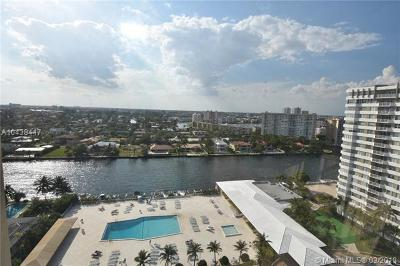 Sunny Isles Beach Condo For Sale: 100 Bayview Dr #630
