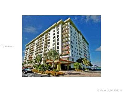 Bay Harbor Islands Condo For Sale: 10350 W Bay Harbor Dr #9H
