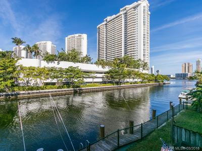 North Miami Beach Condo For Sale: 3745 NE 171 St #57