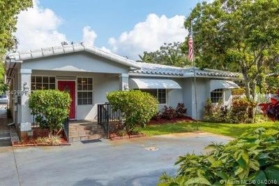 Plantation Single Family Home For Sale: 5541 W Broward Blvd