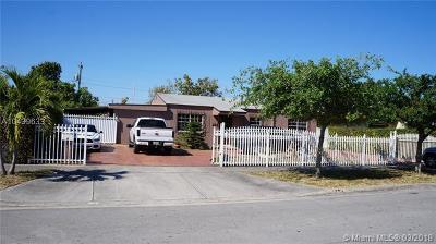 Hialeah Single Family Home For Sale: 251 E 16th St