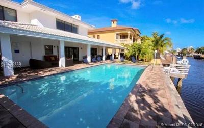 Single Family Home For Sale: 3180 NE 165th St