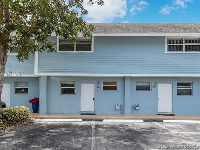 Key Biscayne Condo For Sale: 798 Crandon Blvd #39-C