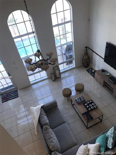 Miami-Dade County Single Family Home For Sale: 3909 NE 170th St