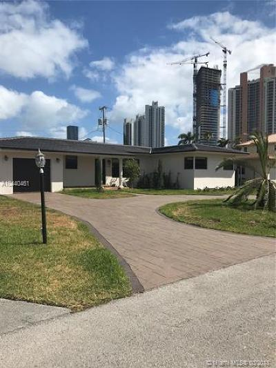 Sunny Isles Single Family Home For Sale: 245 187th St