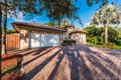 Doral Single Family Home For Sale: 11133 NW 71st Ter