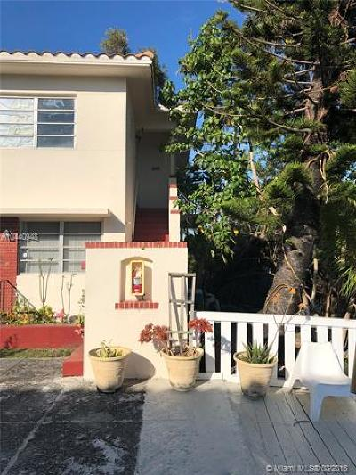 Miami Beach Condo For Sale: 1201 Marseille Dr #18