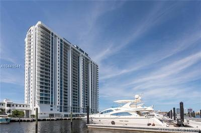 North Miami beach Condo For Sale: 17301 Biscayne Blvd #PH-8