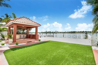 Miami Beach Single Family Home For Sale: 1380 Stillwater Dr