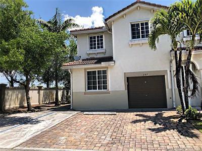 Miami Gardens Condo For Sale: 21413 NW 13th Ct #107