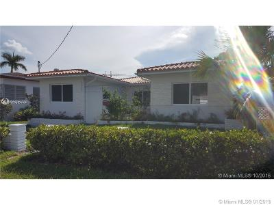 Surfside Single Family Home For Sale: 9265 Carlyle Ave