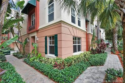 Fort Lauderdale Condo For Sale: 1033 NE 17th Way #1302