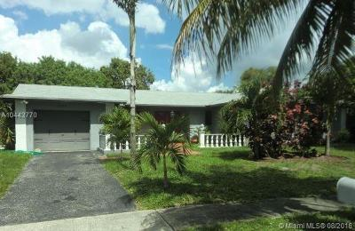 Margate Single Family Home For Sale: 501 SW 63rd Ter