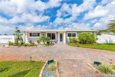 Miami Gardens Single Family Home For Sale: 18120 NW 49th Ave