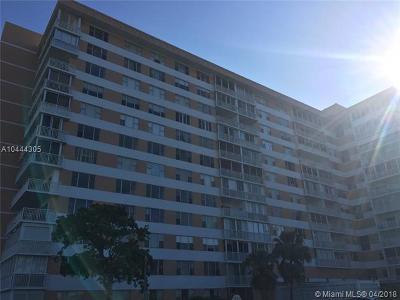 Hollywood Condo For Sale: 3800 Hillcrest Dr #321