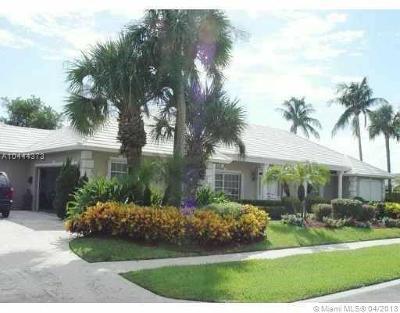 Manalapan Single Family Home For Sale: 35 Audubon Cswy