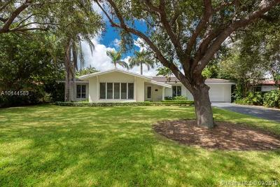 Coral Gables Single Family Home For Sale: 12520 Ramiro St