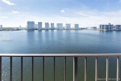 Sunny Isles Beach Condo For Sale: 17720 N Bay Rd #1105